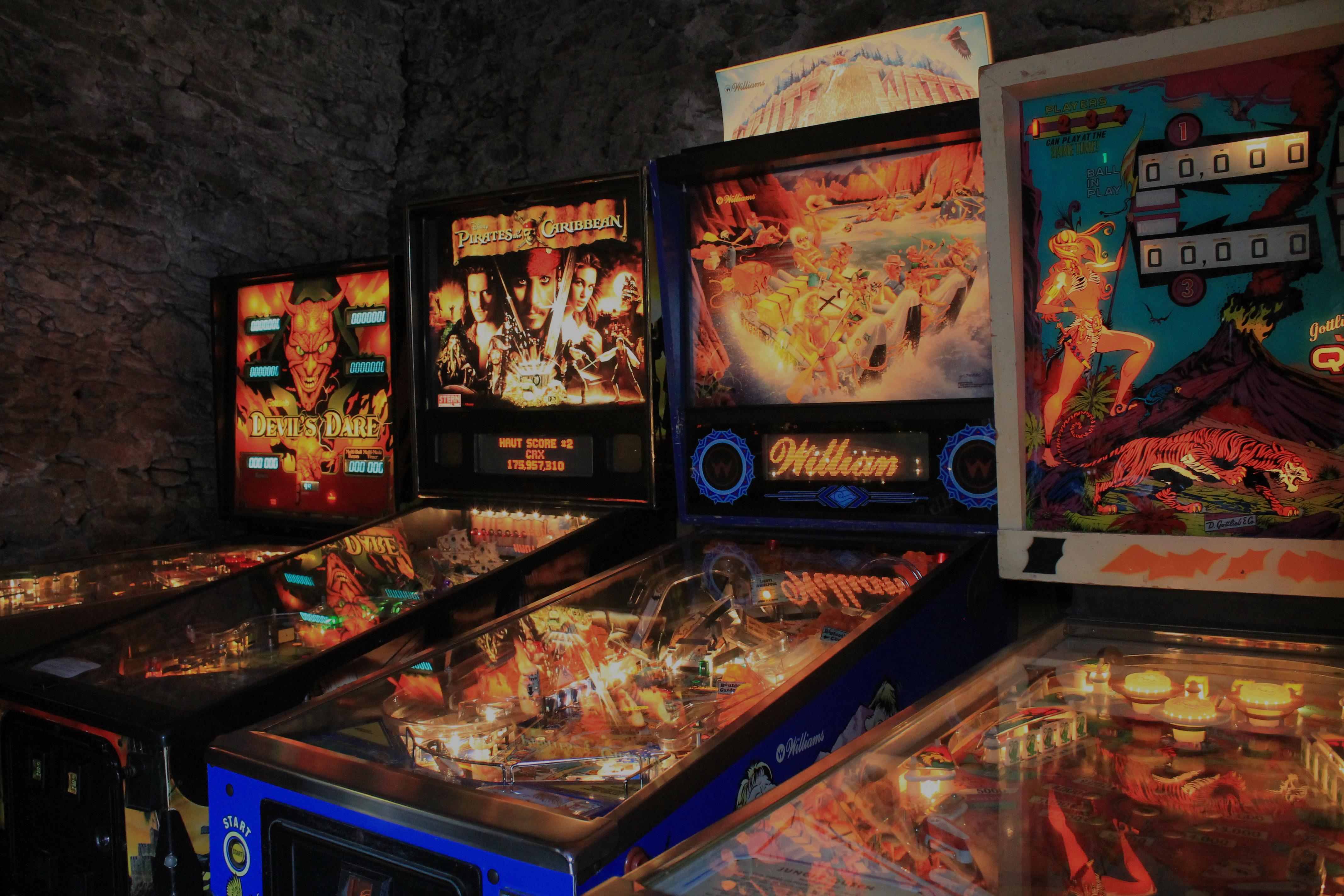 borne arcade nantes